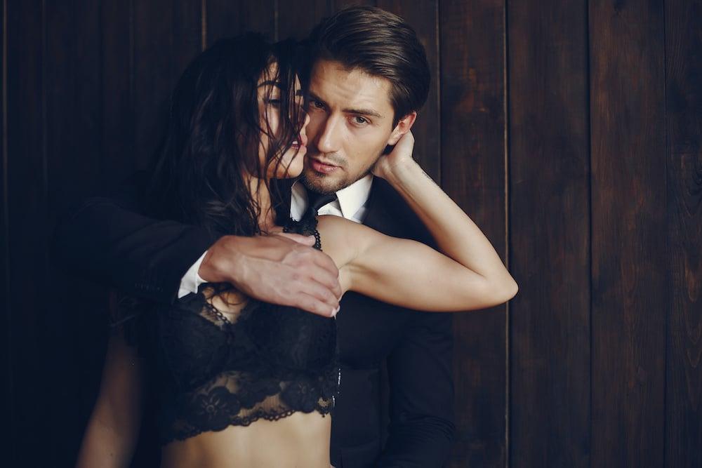 szexuális fantáziák és merevedések)