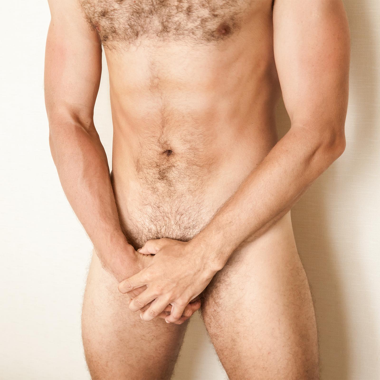 Véletlenül egy pénisz is felbukkant Chris Evans videóján | thermogaz.hu