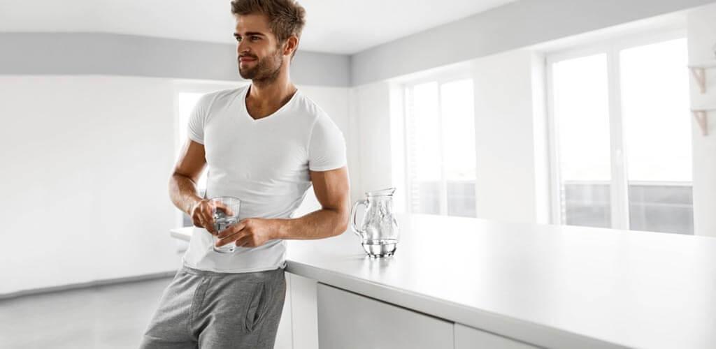 miért hajlamosak a férfiak reggelre