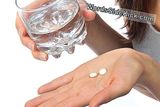 Így segít az aszpirin a szexen! Nem a térded közé kell szorítani