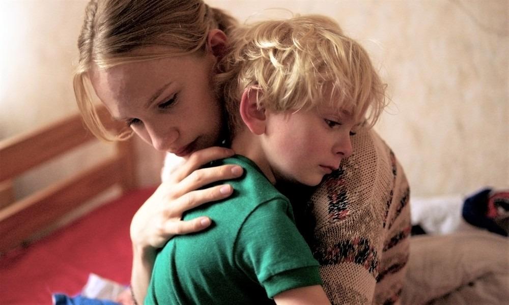 fotó egy fiú erekciójáról)