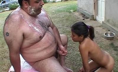 kicsi pénisz kövér nővel